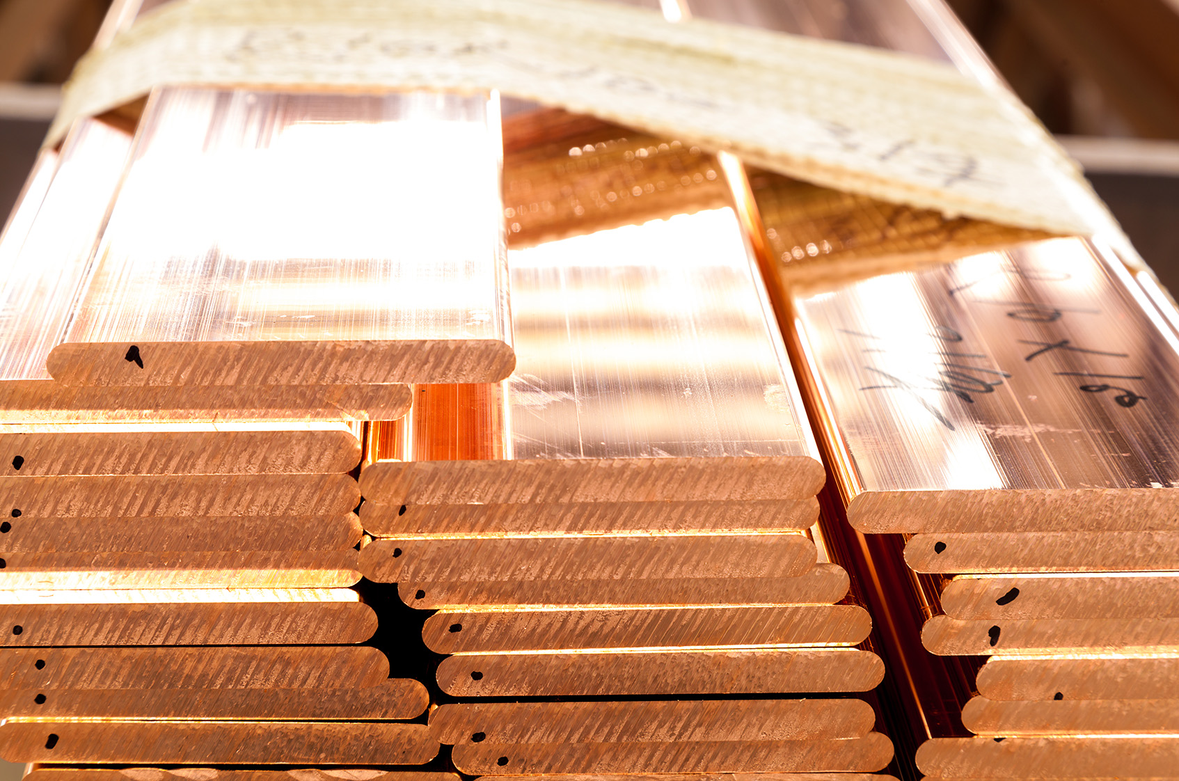 3 Copper Dividend Stocks For a Green Energy Economy